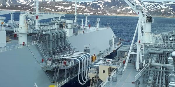Teekay LNG STS transfer